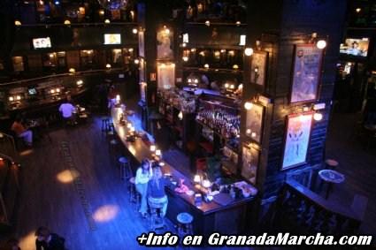 Sala central Mae West Granada